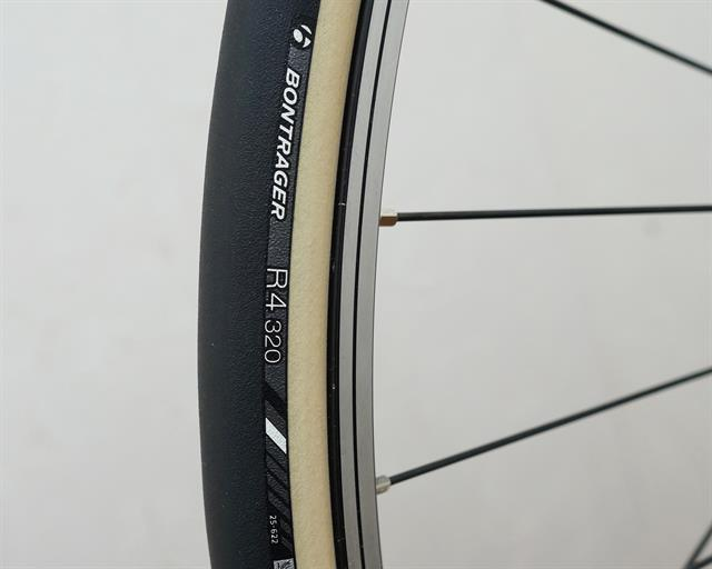 road bike tire comparison bontrager    continental grand prix  ii