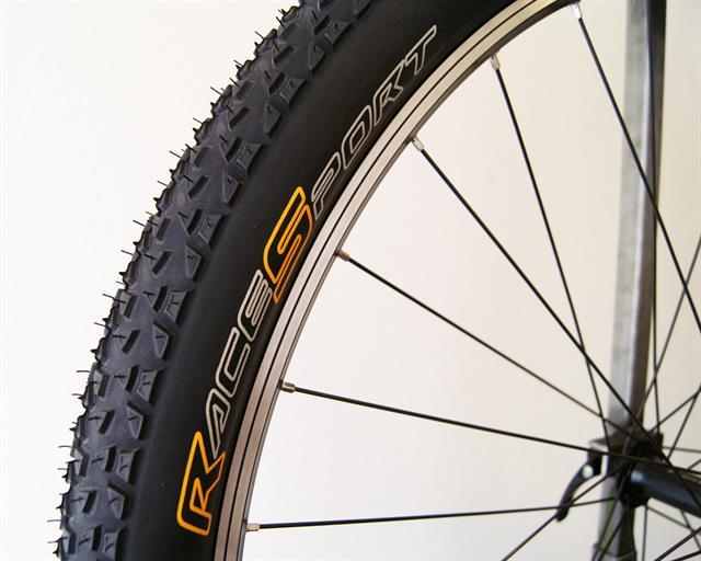 Motorcycle Tire Sizes >> MTB Tire Comparison: Continental Race King RaceSport Vs ...