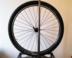Schwalbe Thunder Burt TL-E PaceStar  mountain bike tire on a rolling resistance test machine
