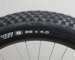 VeeRubber  Vee 8  fat bike tire on a rolling resistance test machine